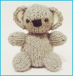 Free knitting pattern for Koala Baby Bear Designed by knitted toy box, this koala baby is 4 inches tall. Baby Knitting Patterns, Teddy Bear Knitting Pattern, Knitted Teddy Bear, Loom Knitting, Baby Patterns, Free Knitting, Knitting Toys, Baby Koala, Baby Teddy Bear