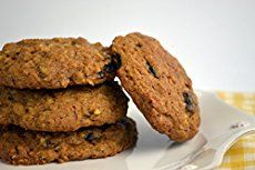 These fifty low-carb cookie recipes cover the range of all that is good for you. Try out the best desserts.