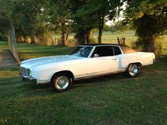 1972 Chevrolet Monte Carlo.  We used to have one that looked exactly like this.