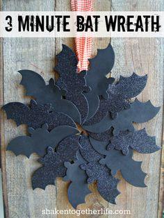 3 minute Halloween bat wreath