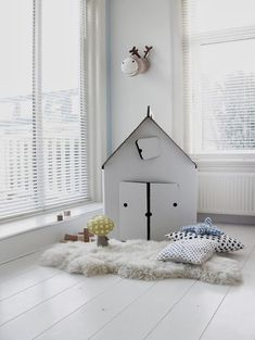 my scandinavian home: A white and yellow children's bedroom