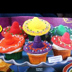 Cinco de mayo cupcakes! Making these!!!
