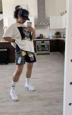 tomboy outfits / tomboy outfits tomboy outfits black girl tomboy outfits cute tomboy outfits for school tomboy outfits summer tomboy outfits swag tomboy outfits casual tomboy outfits black girl summer Black Girl Fashion, Tomboy Fashion, Fashion Killa, Look Fashion, Tomboy Style, Queer Fashion, 2000s Fashion, Winter Fashion, Korean Fashion