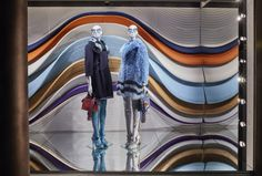 The Fendi boutiques in New York, Milan and London have just been hit by Fendi's signature theme for the Fall/Winter 2016-17 collection : gravitational waves.