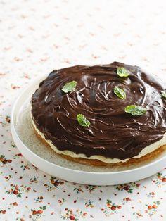 Bananentaart met chocolade http://njam.tv/recepten/bananentaart-met-chocolade