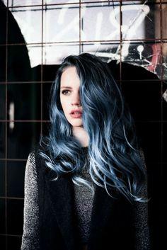 Haarfabeideen.com zeigt Ihnen zuletzt und trend-Haarfarbe Stil und Haar Ideen wie Dunkles Denim-Haar inspirieren und machen Sie es sich schön oder gut aussehend.