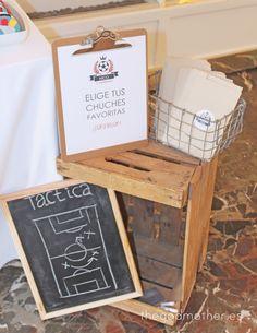 mesa dulce temática futbol - mesa dulce futbol vintage - mesa dulce barça 2