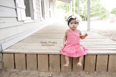 First Birthday Pictures Little girl Dress Up Photos  Fort Worth Newborn Baby Photographer  http://www.chunkymonkeyphotography.com