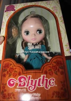my one and only Blythe (Very Vicky)... in time for my Birthday (this Saturday)!!!