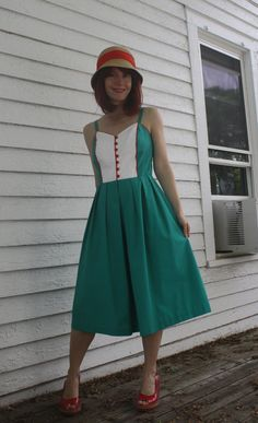 Hey, I found this really awesome Etsy listing at https://www.etsy.com/listing/193386486/vintage-summer-dress-green-retro-act-i