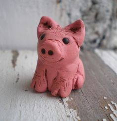 Little Pig Piggy- polymer clay baby animal. tiny pink big. rustic woodland. realistic piglet jewelry bead. Jettabugjewelry on Etsy, $12.00