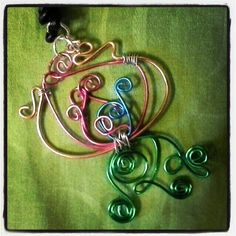 Flower wire pendant by ImyeDesigns