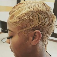 Finger waves first became popular in the Today they continue to be as popular as ever. Here's are 25 different ways you can style finger waves. Cute Hairstyles For Short Hair, My Hairstyle, Short Hair Cuts, Girl Hairstyles, Curly Hair Styles, Natural Hair Styles, Black Hairstyles, Vintage Hairstyles, Finger Waves Short Hair