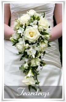 Choosing the Right Wedding Bouquet Size