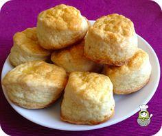 Los scones nunca defraudan. CHEF IN CHIEF nos regala la receta de estos pastelitos exquisitos para que los preparemos en casa. ¡Apunta! Bunny Cupcakes, Cupcake Cookies, Donuts, Non Alcoholic Cocktails, Healthy Snacks, Healthy Recipes, Pan Dulce, Tasty, Yummy Food
