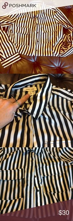 Silence and noise striped delight This seasons must have black and white, light and poly great for a southern fall day! No fla medium size has button to make 3/4 sleeve silence + noise Tops Button Down Shirts