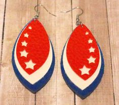 Faux Leather Earrings – Leaf Shape Stacked Earrings – of July – Patriotic – Red, White & Blue – Stars - wanderlust Diy Leather Feather Earrings, Dyi Earrings, How To Make Earrings, Blue Earrings, Leather Jewelry Making, Holiday Jewelry, Leaf Shapes, Couture, Leather Craft