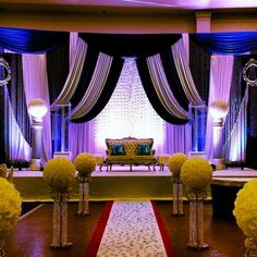 Are you planned to hire a decorator for your Anniversary? Call DD wedding anniversary decor in Mississauga. Call Us Today and book for your Diamond Decorations, Wedding Decorations, Anniversary Decorations, Gta, Wedding Anniversary, Book, Home Decor, Marriage Anniversary, Wedding Decor