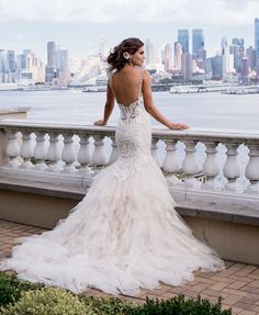Browse wedding dress photos from the Spring 2016 Eve of Milady Couture bridal collection. View the latest Spring 2016 couture wedding gowns by Eve of Milady. Eve Of Milady Wedding Dresses, Popular Wedding Dresses, Wedding Dress Trends, Dream Wedding Dresses, Trendy Wedding, Bridal Dresses, Wedding Gowns, 2017 Wedding, Backless Wedding