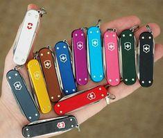 Pocket Knife Brands, Pocket Knives, Knife Logo, Victorinox Knives, Cold Steel, Tactical Knives, Knives And Swords, Survival Knife, Swiss Army Knife