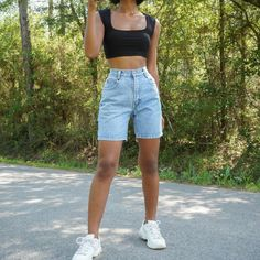 Trendy Summer Outfits, Cute Casual Outfits, Short Outfits, Summer Shorts Outfits, Ootd Summer Casual, Cute Concert Outfits, Casual Chic, Spring Outfits, Mode Outfits