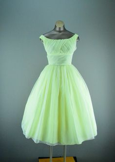 1950s Lorrie Deb party dress size xsmall pale yellow by melsvanity, $148.00