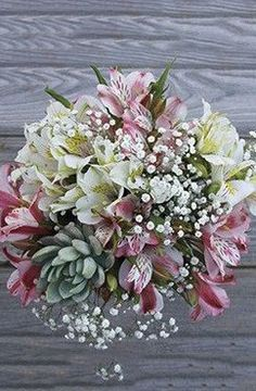 This succulent bouquet is so full of character, it's impossible not to love!