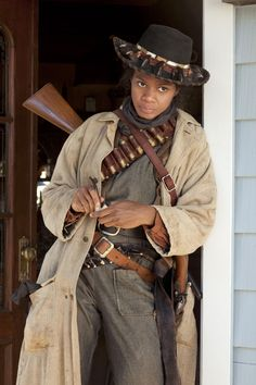 Kimberly Elise as Stagecoach Mary in the Hallmark Movie Channel Original Movie… Action Pose Reference, Human Poses Reference, Action Poses, Photo Reference, Estilo Cowgirl, Black Cowgirl, Black Cowboys, Mode Country, Country Roads