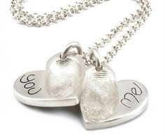 It is primarily an artistic form of Fingerprint Jewellery and the customer can also imprint the signature and name on it as per their desire. This can be tagged as the bespoke jewellery that is made of precious metal clay and in which imprint of your loved ones like the fingerprint, handprint or footprint can be captured.