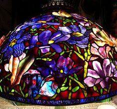Scott Riggs Tiffanys creates museum quality Tiffany leaded lampshades that provides reflections of the past with a sophisticated elegance and grace which is captured by one of the finest of stained glass artisans today such as Scott Riggs of California. Leaded Glass Windows, Stained Glass Lamps, Mosaic Glass, Fused Glass, Tiffany Lamps, Tiffany Lamp Shade, Magnolia, Craftsman Lighting, Lampe Art Deco