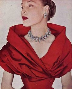 When did our necklines become so boring? The Highstreet can't possibly compete with these beautiful necklines as mass production just do...