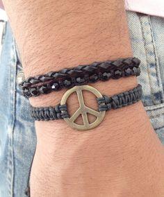 Bracelet peace moda fashion style lifestyle bracelet bracelets pulseira pulseiras shambala shambalas shamballa shamballas macrame bijuteria bijuterias jewelry beads friendship friendshipbracelets acessorios pulseirashambala pulseirismo artesanato estilo