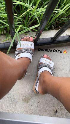 Discover recipes, home ideas, style inspiration and other ideas to try. Cute Sandals, Cute Shoes, Me Too Shoes, Shoes Sandals, Shoes Sneakers, Addidas Sneakers, Slipper Sandals, Sneakers Fashion, Fashion Shoes