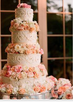 Another beautiful rose wedding cake