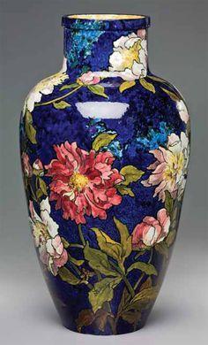 Metropolitan Vase by John Bennett Linked to Met video regarding it