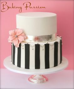 .bridal shower cake