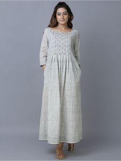 Off White Cotton Pleated Dress Kurta Designs Women, Kurti Neck Designs, Dress Neck Designs, Kurti Designs Party Wear, Blouse Designs, Stylish Dresses, Simple Dresses, Fashion Dresses, Linen Dresses