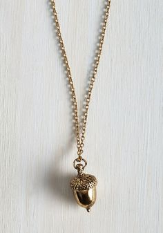 Oak-en of Gratitude Necklace. Knowing you can always rely on the vintage-inspired charms of this antiqued gold acorn necklace inspires appreciation for its adorable versatility and timeless character. #gold #modcloth