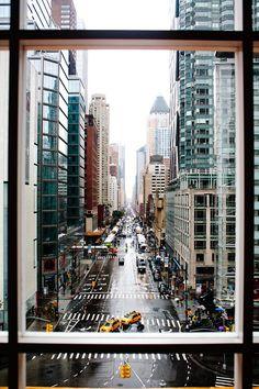 ღღ  Rain, sunshine, snow... I love NYC!!!   ~~~~ Rainy Day, New York City