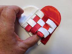 Make a traditional Scandinavian Christmas gift with this fabric scandinavian heart tutorial.