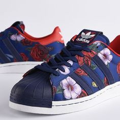 adidas-Roses-Floral-Superstar-Sneaker-by-Rita-Ora-Size-9-FITS-LIKE-A-SIZE-9-5