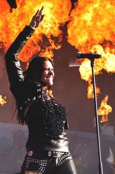 Metal goddess floor Jansen
