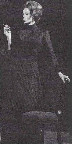 HEDDA GABLER  Hedda 1970 National Theatre/Cambridge Theatre. English Actresses, British Actresses, Companion Of Honour, Hedda Gabler, Maggie Smith, History Projects, National Theatre, Queen Elizabeth Ii, Drama