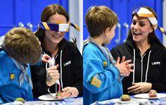 Look desportivo de Kate Middleton faz sucesso em visita a grupo de escoteiros