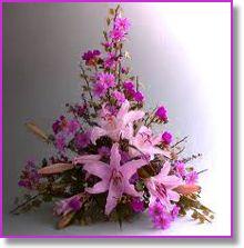 31 Best Triangle Arrangements Images Floral Arrangements Floral