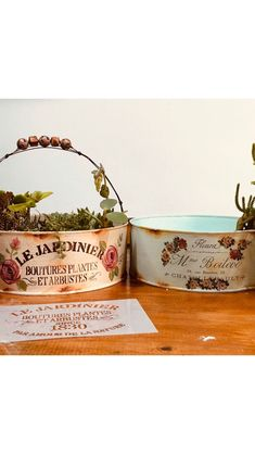 Fun Crafts, Diy And Crafts, Image Font, Enjoying The Sun, Clay Pots, Chalk Paint, Flower Pots, Helpful Hints, Canning