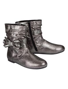 Metallic Shorty Boots With Bow at justice Justice Shoes, Justice Clothing, Justice Stuff, Bow Boots, Cute Boots, City Outfits, Shop Justice, Pretty Shoes, Dream Shoes