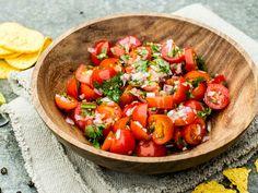 Enkel hjemmelaget salsa fresca Frisk, Mexican, Ethnic Recipes, Food, Meals, Yemek, Eten