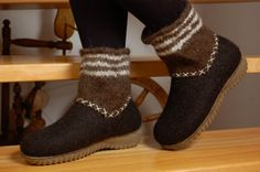 Felted boots Winter shoes  Organic wool felt by WoolenClogs, $145.00