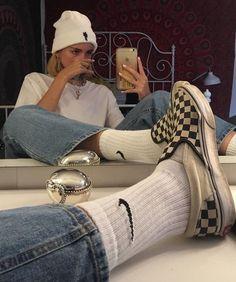 𝕱 𝖎 𝖔 𝖓 𝖆 on - Style - Skater Girls Aesthetic Fashion, Aesthetic Clothes, Look Fashion, 90s Fashion, Fashion Outfits, Fashion Women, Urban Aesthetic, Aesthetic Outfit, Fashion Clothes